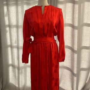 Stunning VINTAGE Red Dynasty Gown
